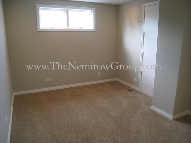 Lincoln Park 4 bedroom home for rent - 2122 N Hudson interior photos