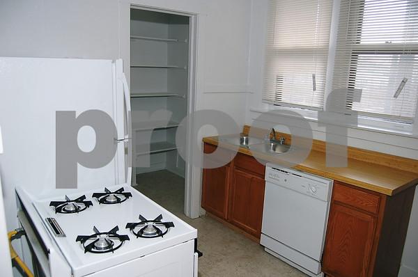 "Beautiful Building - Apartment ""C"" 5 Room/2 Bedroom"