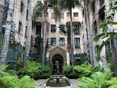 Los Altos Apartments (Central LA)