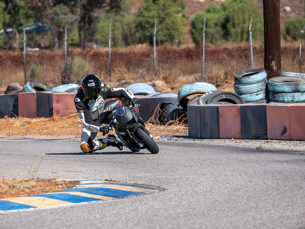 2020October16_ApexOpenPracticeBikes-1766936