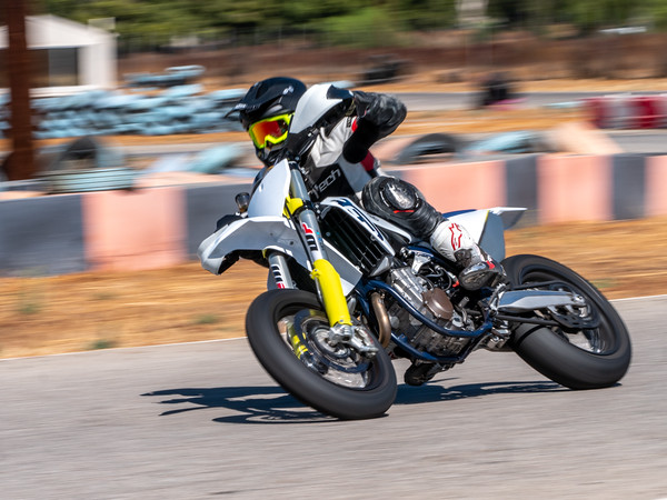 2020October16_ApexOpenPracticeBikes-1766949
