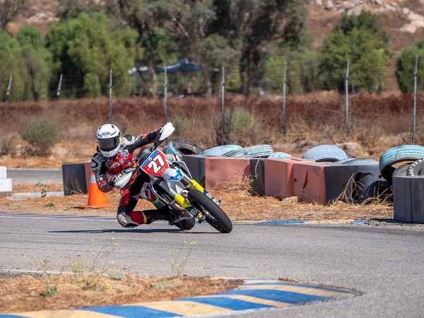 2020October16_ApexOpenPracticeBikes-1766933