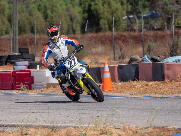 2020October16_ApexOpenPracticeBikes-1766940