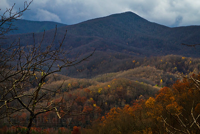 Mountains of the Great Smoky Mountains National Park in the fall season.  © Kyle Spradley Photography | www.kspradleyphoto.com