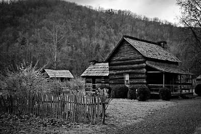 Historic buidlings at the Farm Museum in Great Smoky Mountains National Park.  © Kyle Spradley Photography | www.kspradleyphoto.com