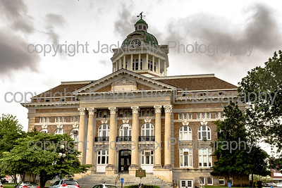 Front of Giles County Courthouse