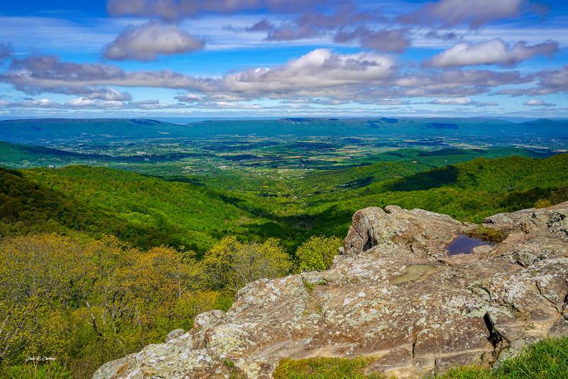 Franklin Cliffs Overlook
