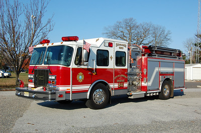 Absecon Engine 84 1999 E-One 1500-750 Photo by Chris Tompkins