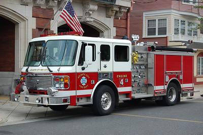Atlantic City Engine 4 2001 ALF 500-1250 Photo by Chris Tompkins
