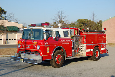Atlantic County Traing Center Engine 650 1982 Ford 8000-Grumman Fire Cat 1250-600 Ex Longport and Estell Manor Photo by Chris Tompkins