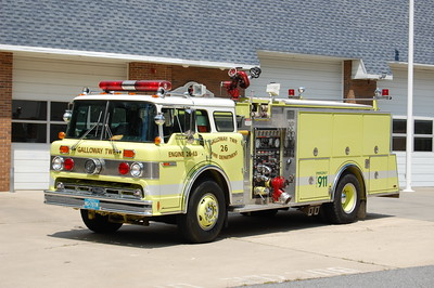 Galloway Township Reserve Engine 26-63 1987 Ford 8000-Pierce 1500-1000 Photo by Chris Tompkins