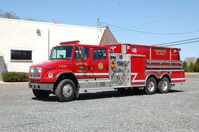 Tanker 1270 2002 Freightliner FL80 - KME 2800 tank 1500gpm Photo by Chris Tompkins
