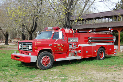 Dorthy Fire Co. Engine 12-711973 GMC-Hahn 750-500 Photo by Chris Tompkins