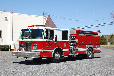 Dorothy Fire Co. Engine 1271 1997 Spartan - Ferrara 1000tank 1250gpm Photo by Chris Tompkins