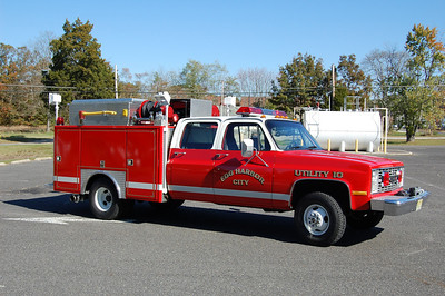 Egg Harbor City Utility 10, a 1984 Chevrolet / ?. Ex- Forestry Service, Ex- Military.  Photo by Chris Tompkins