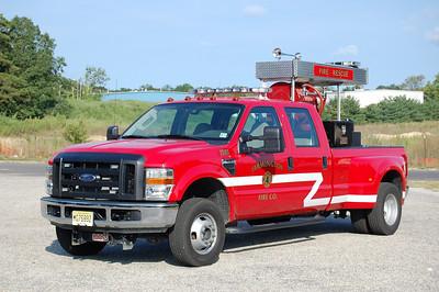 Farmington Fire Co. in Egg Harbor Twp. Utility 15-40, a 2008 Ford F-350 / Lee 150 / 200 / 10 foam.  Photo by Chris Tompkins