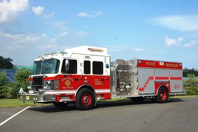 Farmington Fire Co  of Egg Harbor Twp Engine 15-47 2015 Spartan ERV 1500-750-30A Photo by Chris Tompkins