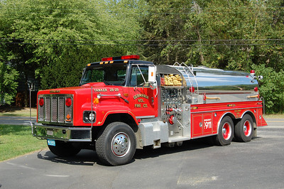 Germania Fire Co. Station 2 in Galloway Twp. Tanker 26-29 1989 International S2674 1250-3500 Photo by Chris Tompkins
