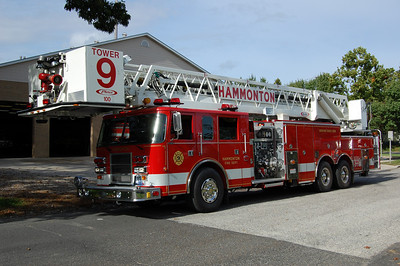 Hammonton Tower 9 1999 Pierce Dash 100' 2000-500 Photos by Chris Tompkins
