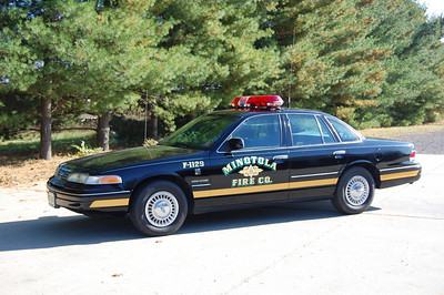 Minotola  Chief 1129 1994 Ford Crown Vic Photo by Chris Tompkins