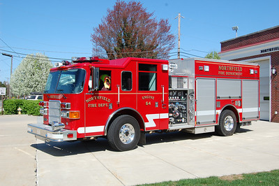Northfield Engine 64 2007 Pierce Enforcer 750tank 1500gpm Photo by Chris Tompkins