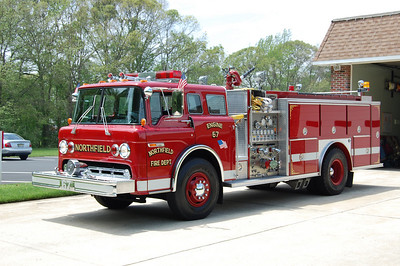 Northfield Engine 67 1989      Ford8000                E-One body        750 tank 1250gpm Photo by Chris Tompkins
