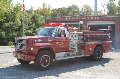 Scullville Fire Co. in Egg Harbor Twp. Engine 1533, a 1981 Ford F-700 / Grumman Fire Cat 750 / 750.  Photo by Chris Tompkins
