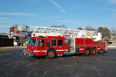 Somers Point Tower 45 1991 HME Grumman 102'tower 300tank 2000gpm Photo by Chris Tompkins