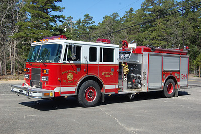 Sweetwater Engine 16-33 1998 Pierce Saber 1250-1000-40A Photo by Chris Tompkins
