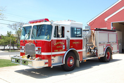 Ventnor City Engine 2 1998 KME 1000gpm 500tank Photo by Chris Tompkins