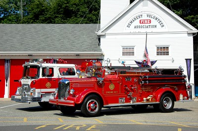 Demarest 77' Mack and 48' Mack  Photo by Chris Tompkins