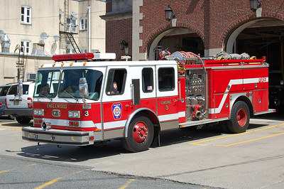 Englewood Engine 3 1983 EOne Hurricane - 1998 Refurb 1750-500-50 Photo by Chris Tompkins