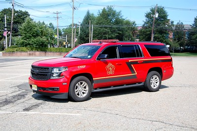Franklin Lakes Chief 330 2016 Chevy Suburban 1500  Photo by Chris Tompkins