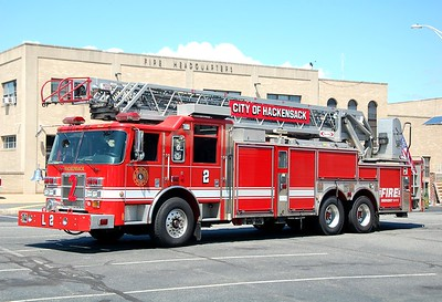 Hackensack Ladder 2 2003 Pierce Dash 105' Rearmount  Photo by Chris Tompkins
