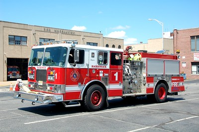 Hackensack Engine 1 1999 Seagrave 1500-700  Photo by Chris Tompkins