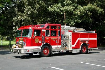 Ho-Ho-Kus Engine 733 2002 KME 1500-500-40A  Photo by Chris Tompkins