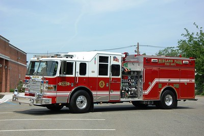 Midland Park Engine 531 2006 Pierce Lance 1500-500 Photo by Chris Tompkins