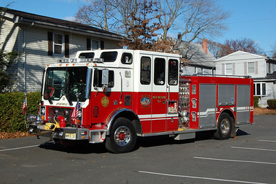 New Milford Engine 32 1993 Mack MR-Custom Fire 1250-500 Photo by Chris Tompkins