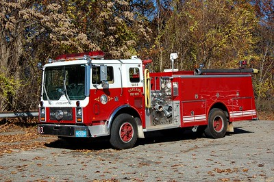 Oakland Retired Engine 1033 1984 Mack MC-Ward 79 1500-750 Photo by Chris Tompkins