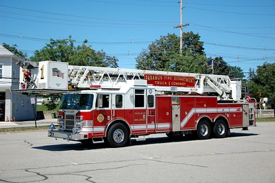 Paramus Truck 1 2003 Pierce Lance 100' Tower Photo by Chris Tompkins