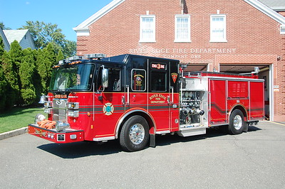 River Edge Engine 3 2015 Pierce Saver 1500-500  Photo by Chris Tompkins