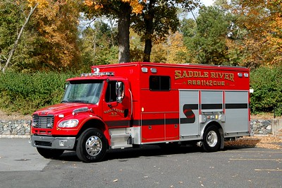 Saddle River Rescue 1142 2015 Freightliner - EVI Photo by Chris Tompkins