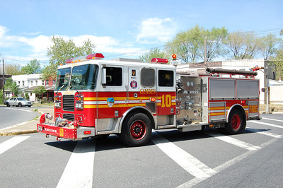 Camden Engine 10 2004 Seagrave 1250-500 Photo by Chris Tompkins