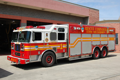 Camden Rescue 1 2003  Seagrave-SVI Photo by Chris Tompkins