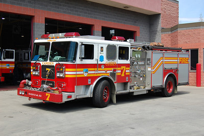 Camden Squad 7 2003 Seagrave 1250-500 Photo by Chris Tompkins