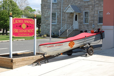 Laurel Springs Feather Craft boat Photo by Chris Tompkins