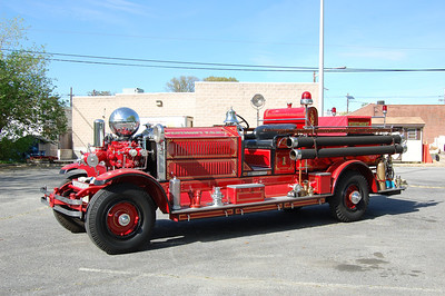 Westmont Engine 1512A 1929 Ahrens Fox 1000Gal Photo by Chris Tompkins