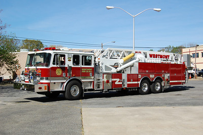 Westmont Tower 1514 1999 KME 95' AerialCat Photo by Chris Tompkins