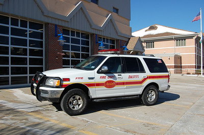 Avalon Command 1110 1998 Ford Expedition Photo by Chris Tompkins