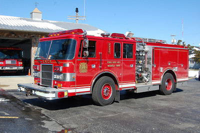 Cape May Court House Engine 732 1993 Pierce Lance 1000-500 Photo by Chris Tompkins
